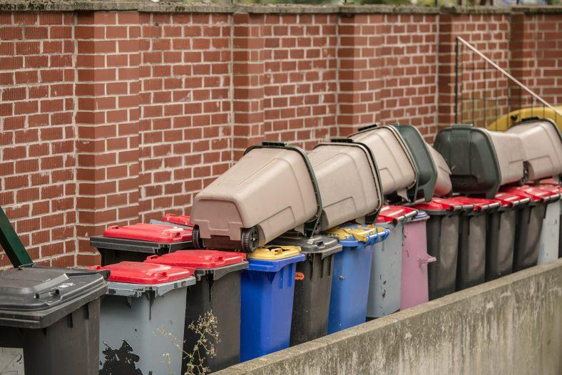 garbage-538316_1920