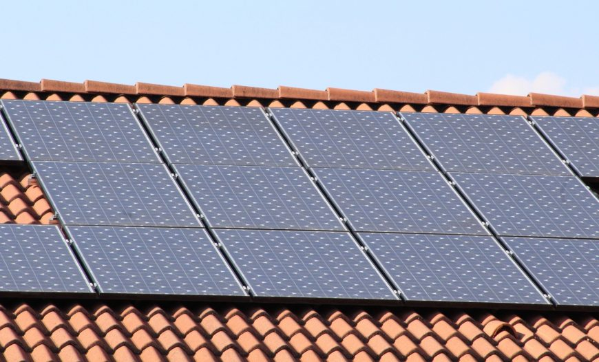 solar-panels-1273129_1920